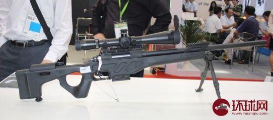 第六届中国国际警用装备展上展出的CS/LR4狙击枪