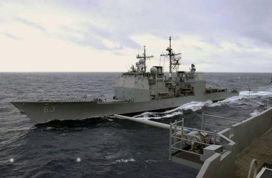 资料图:美国海军考彭斯号巡洋舰