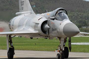 台湾空军装备的法制幻影2000型战机
