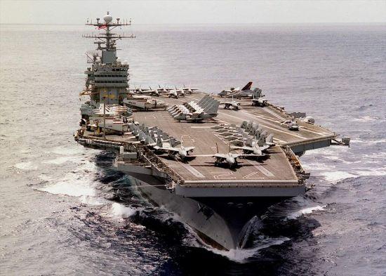 资料图:美海军林肯号(CVN-72)核动力航母