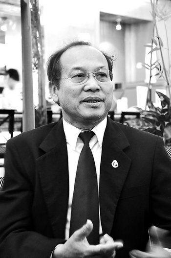 资料图:柬埔寨政府发言人帕西潘接受专访。