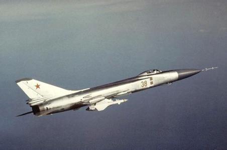 曾2次击落韩国客机的苏联空军苏15战斗机