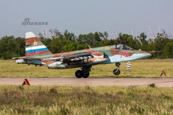 资料图:俄军苏-25强击机