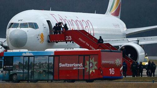 资料图:被劫持的原定飞往罗马的埃塞俄比亚航空ET702号航班