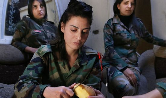 叙利亚女兵