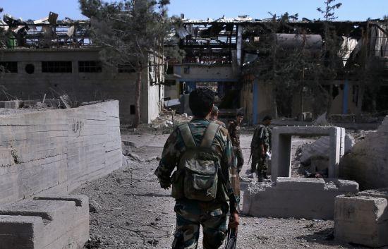 叙政府军和恐怖势力在叙北部城市阿勒颇进行了战斗
