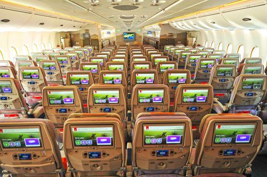 全球最大的13.3英寸经济舱娱乐系统屏幕