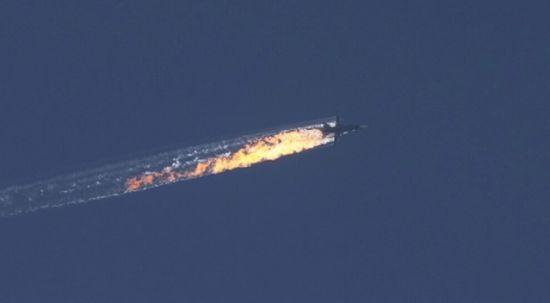 俄军苏24战机被击落