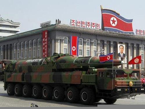 材料图:朝鲜KN-08弹道导弹。