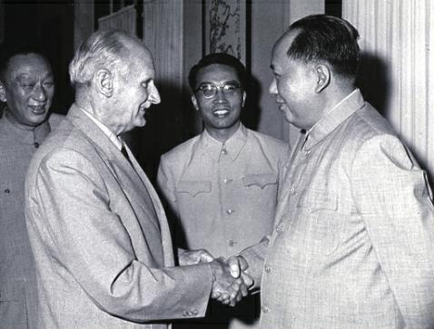 资料图:毛泽东会见蒙哥马利元帅
