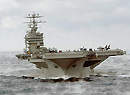 美军维修华盛顿号航母