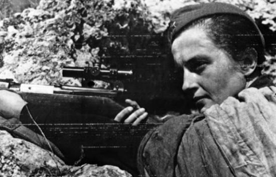 """7、""""狙击女王""""柳德米拉.M。帕夫里琴科(前苏联)"""