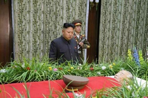朝鲜猛批美日韩搞军演誓言巩固尖端核武装