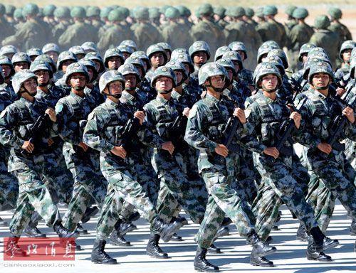 前美军高官称解放军增强建议用远程导弹对付