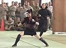 欢乐:日向美军展示忍术