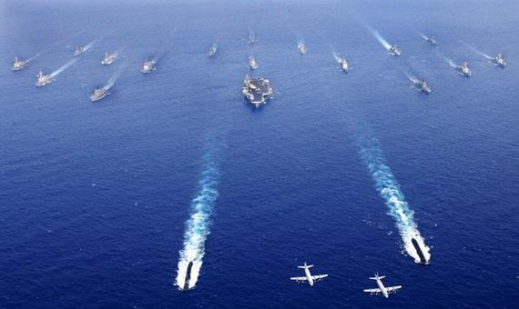 解放军专家解读:中国潜艇为何要追美国航母