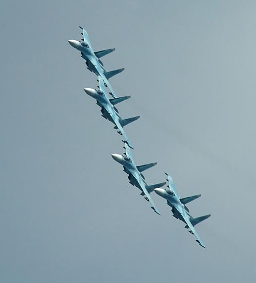 战机实现全方位低信号在成本技术上都难以完成