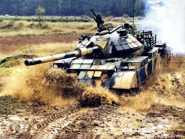 图文:解放军陆军装备的59D式改型主战坦克