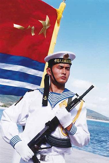 我海军远洋战力有限是南海问题难解决首要原因