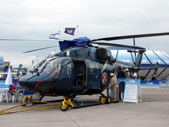 图文:印度国产的ALH先进轻型直升机
