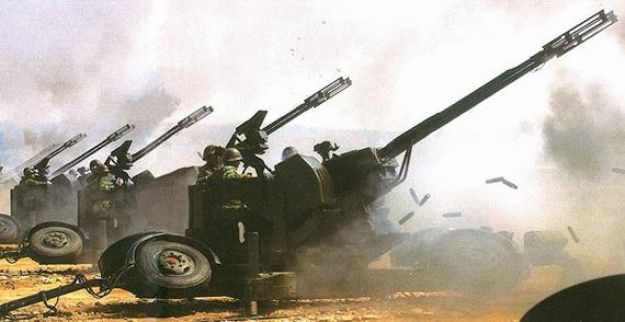 我高炮旅数百台装备在强磁干扰中击落15具靶机