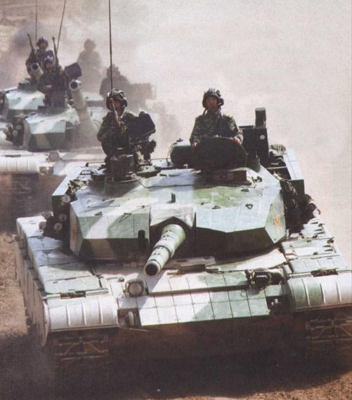 图文:解放军目前已经批量装备99式重型坦克