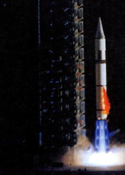 图文:解放军老式东风-5A洲际导弹射程12000公里