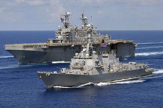 图文:美军海军舰艇编队
