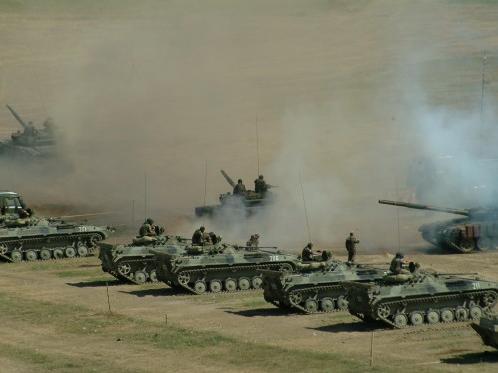 外国军事顾问在帮助格鲁吉亚重新武装