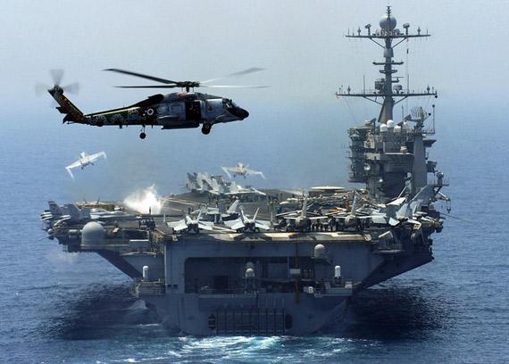 美国海军航母舰队大洋巡航