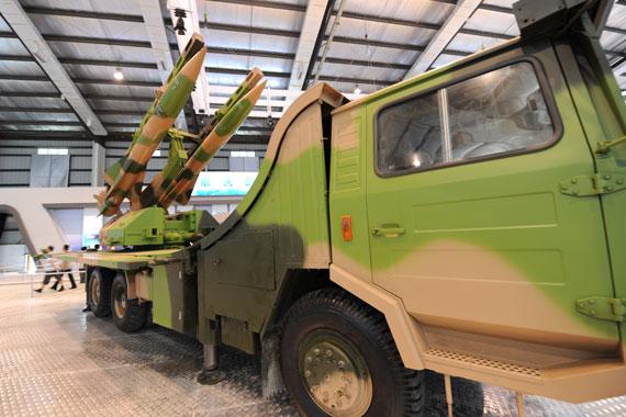 KS-1A凯山中程地空导弹发射车摄影:陈诚新浪网独家图片未经许可,不得转载
