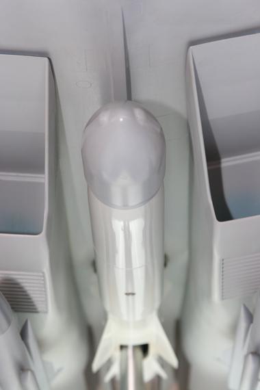 苏-35多用途战机模型机腹下挂有花岗岩空射反舰导弹模型摄影:安京新浪独家图片,未经许可不得转载。