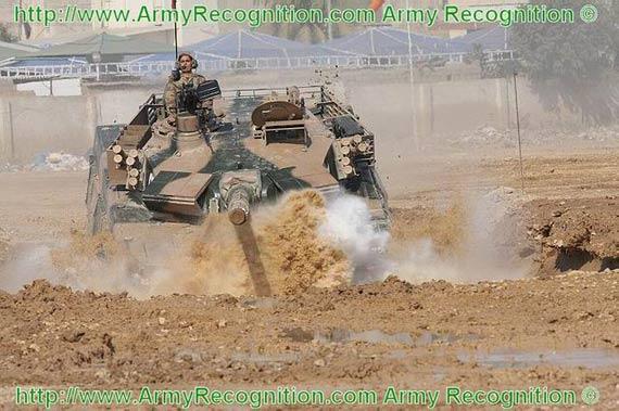 中巴合作的Al-Khalid哈立德(MBT-2000)主战坦克进行性能展示