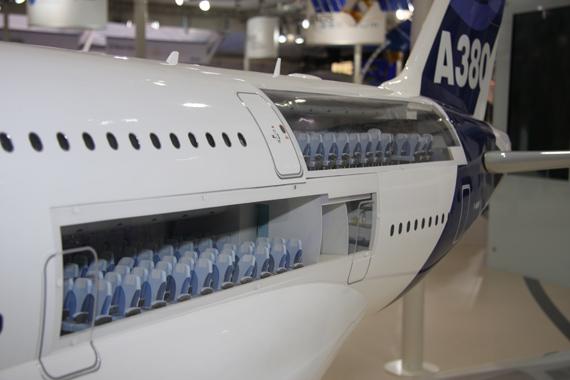 图文:空客A380经济舱布局