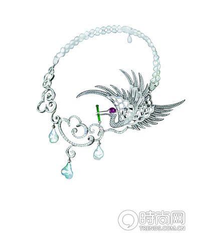 18K白金镶嵌钻石、异型珍珠、红宝石及翡翠Crane项圈