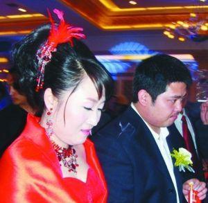 赵本山大女儿结婚时的照片