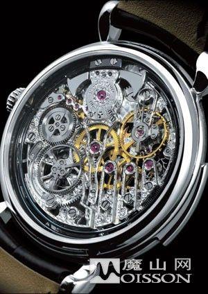错综复杂的机械构造及精湛的技术,使镂空腕表成为一件罕有的工艺品.