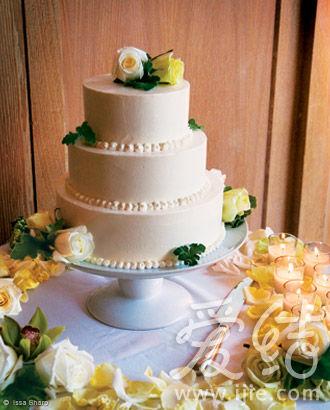 很漂亮的婚礼蛋糕