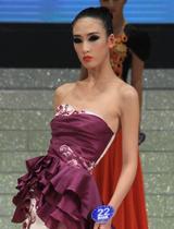 紫色礼服神秘高贵