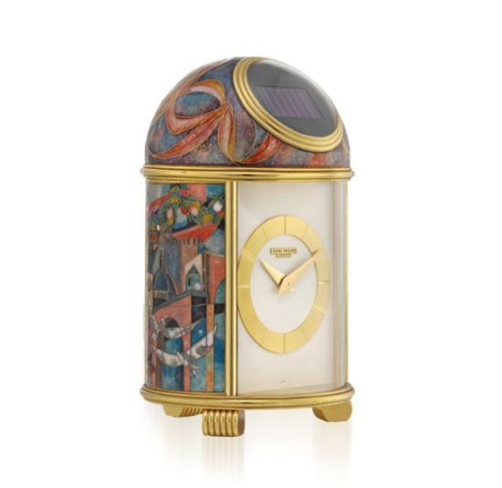 掐丝珐琅和珐琅彩绘太阳能座钟