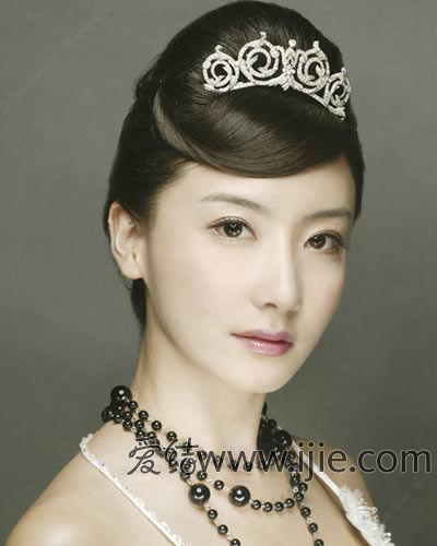 新娘的主角级皇冠发型
