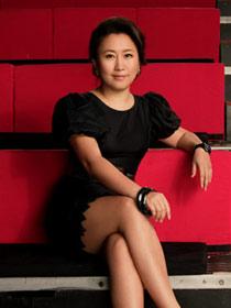 《时尚COSMO》徐巍:身体里的另一个我