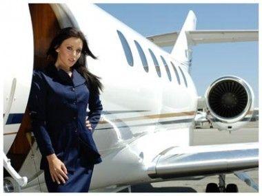 搭乘别人的私人飞机