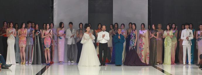 2013春夏中国国际时装周NE-TIGER高级华服发布会集体谢幕