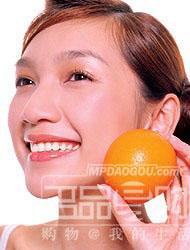 油性肤质的人比其它人更容易产生毛孔粗大现象