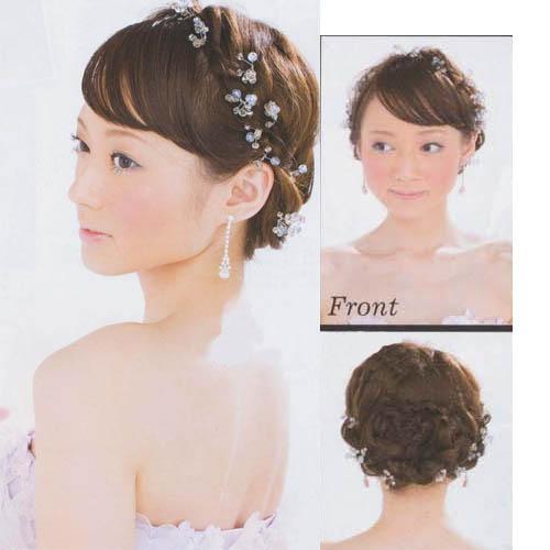 婚姻殿堂的新娘发型,抑或是同样简洁大方的伴娘发型