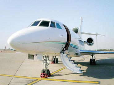 禄口国际机场私人飞机航班翻倍增长   私人飞机现状:2010年,南京