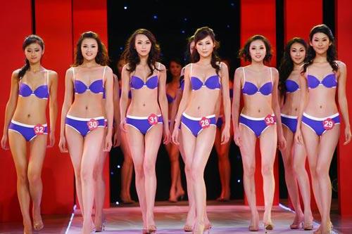 名模特婷婷的人体艺术_组图:2007中国内衣模特大赛模特比拼曼妙身材(6)
