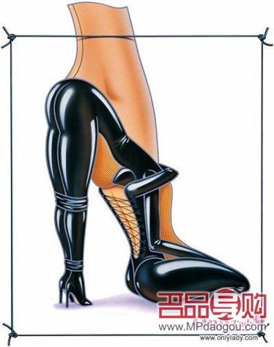 充满成熟气息的黑色高跟鞋,明星喜欢拿它与修饰双腿的窄腿裤