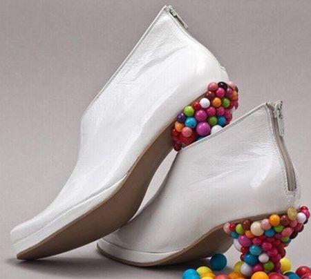 彩色小珠珠鞋跟